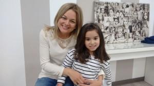 Mª JOSE CABRERIZO con su hija CLAUDIA ALCÁZAR CABRERIZO