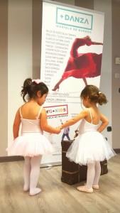 ¿Buscas una escuela de danza especializada en niños en Granada?